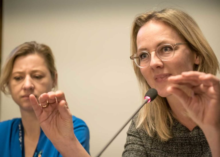Ida Auken and Sophie Hæstorp Andersen answering questions from participants